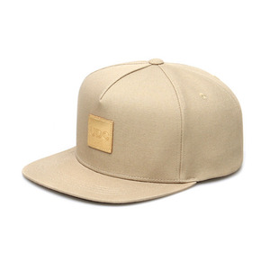 SQUARE GOLD LABEL / OAT BEIGE